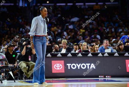 Triplets coach Lisa Leslie