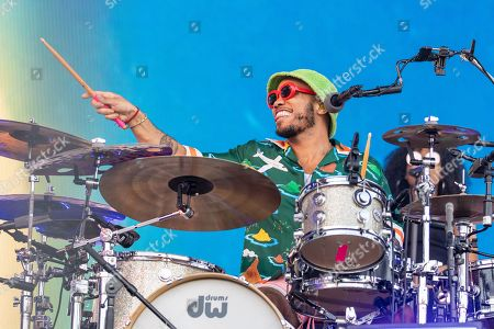 Anderson Paak and The Free Nationals