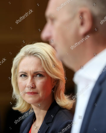 Interim party leadership of the SPD, Premier of Mecklenburg-Western Pomerania Manuela Schwesig (L) and Brandenburg Premier and chairman of the Social Democratic Party (SPD) Dietmar Woidke hold a press conference at the SPD's headquarters in Berlin, Germany, 02 September 2019. The SPD suffered losses in both the Brandenburg and Saxony state elections.