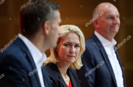 (L-R) Saxony chairman and top candidate of the Social Democratic Party (SPD) Martin Dulig, the interim party leadership of the SPD, Premier of Mecklenburg-Western Pomerania Manuela Schwesig and Brandenburg Premier and chairman of the Social Democratic Party (SPD) Dietmar Woidke hold a press conference at the SPD's headquarters in Berlin, Germany, 02 September 2019. The SPD suffered losses in both the Brandenburg and Saxony state elections.