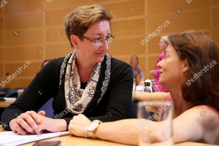 Member of the Brandenburg Landtag of the Social Democratic Party (SPD) Klara Geywitz (L) talks with the member of the Group of the Progressive Alliance of Socialists and Democrats in the European Parliament Katarina Barley prior to the start of the Social Democratic Party (SPD) board meeting in Berlin, Germany, 02 September 2019. One day after regional elections in the federal states of Brandenburg and Saxony the boards of federal German parties meet to discuss the outcome.