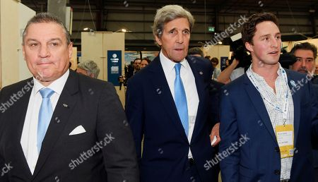 Former US Secretary Of State John F. Kerry (C) tours the Innovation Precinct at the Global Table conference at the Melbourne Showgrounds in Melbourne, Australia, 03 September 2019. Key leaders in food, agricultural science, technology and medicine are in Melbourne for a three-day global conference addressing questions around sustaining a growing population, the climate crisis and unsustainable levels of development.