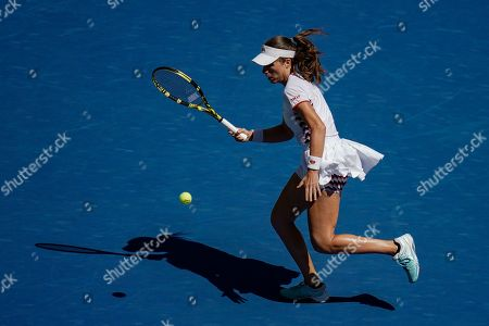 Johanna Konta of Great Britain in action in the quarterfinal in the Arthur Ashe Stadium
