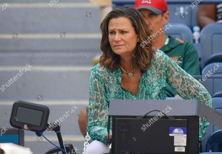Pam Shriver watches the quarterfinal between Elina Svitolina of Ukraine and Johanna Konta of Great Britain in the Arthur Ashe Stadium