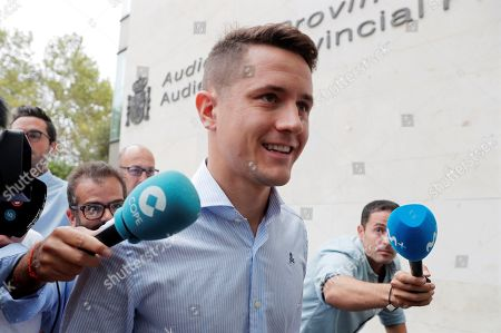 Former Real Zaragoza player Ander Herrera arrives to the City of Justice in Valencia, Spain, 03 September 2019, to attend the start of the trial on alleged match-rigging. A total of 42 people are accused, 36 of them soccer players who face between two and four years in jail for allegedly taking part in match-rigging on the last matchday of the 2010-11 Spanish La Liga season.