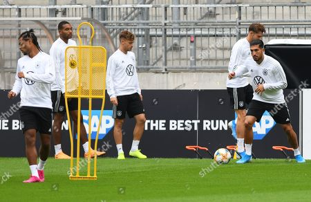 German national soccer team player Emre Can (R) and his teammates perform during their training session in Hamburg, Germany, 03 September 2019. Germany will face the Netherlands in their UEFA EURO 2020 qualifying soccer match on 06 September 2019.