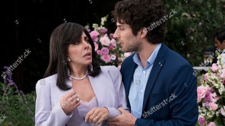 Stock Image of Veronica Castro as Virginia de la Mora and Darío Yazbek Bernal as Julian de la Mora