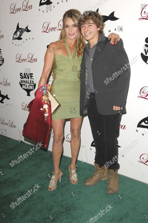 Stock Picture of Lesley Vogel with son Jansen Panettiere