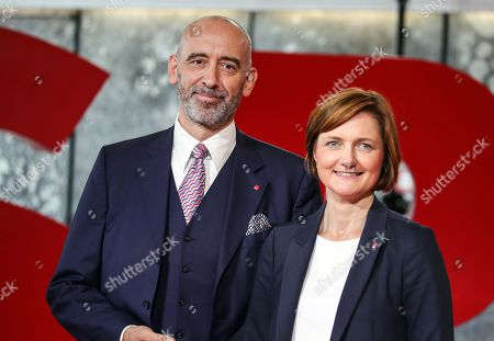 Candidates Simone Lange (R) and Alexander Ahrens during presentation of candidates at the start of the tour to present the candidates for the election of the SPD party leadership in Saarbruecken, Germany, 04 September 2019.