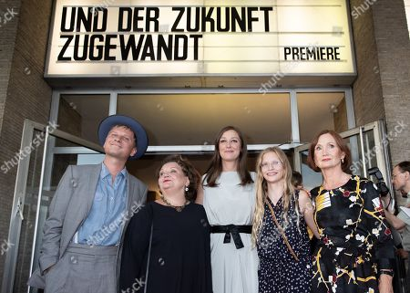 Robert Stadlober, Swetlana Schoenfeld, Alexandra Maria Lara, Carlotta von Falkenhayn and Barbara Schnitzler pose during a premiere of 'Und der Zukunft zugewandt' (Sealed Lips) at the Kino International in Berlin, Germany, 04 September 2019. The movie is scheduled to open to in German theaters on 05 September.