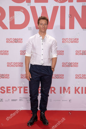Alexander Fehling poses for a photo on the red carpet prior to a Family and Friends Preview of 'Gut gegen Nordwind' in Berlin, Germany, 04 September 2019. The movie opens in German theaters on 12 September.