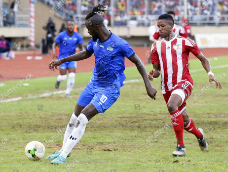 Kaiansu Kei Kamara (L) of Sierra Leone in action during the FIFA World Cup 2022 qualification preliminary round soccer match between Liberia and Sierra Leone at the Samuel Kanyon Doe Sports Complex in Paynesville, near Monrovia, Liberia, 04 September 2019.