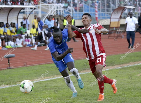 Kei Kamara (L) of Sierra Leone in action during FIFA 2022 World Cup Qualifier preliminary round first leg match between Liberia and Sierra Leone, Paynesvill, outside Monrovia, Liberia, 04 September 2019.