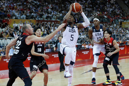 Donovan Mitchell of USA (C) in action during the FIBA Basketball World Cup 2019 group E first ?round? match between USA and Japan in Shanghai, China, 05 September 2019.