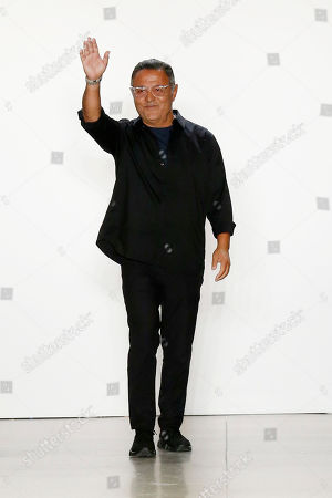 Elie Tahari on the catwalk