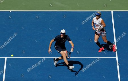 Jamie Murray of Great Britain and Bethanie Mattek-Sands of USA in action in the Mixed Doubles Final