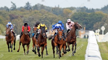 BLESS HIM (centre, Jamie Spencer) beats LORD NORTH (2nd right) as CHIEFOFCHIEFS (James Doyle) takes evasive action in The Lexicon Bracknell Handicap Ascot