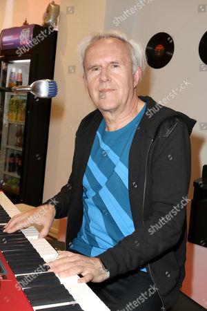 Howard Jones