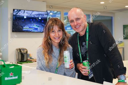 Zina Wilde and Kelly AuCoin stop by the Heineken suite