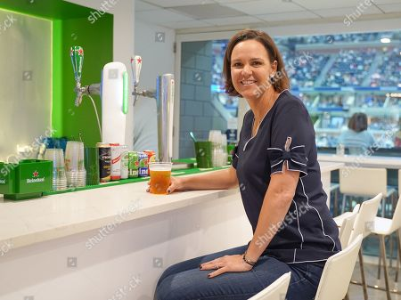 Lindsay Davenport hangs out in the Heineken suite at the U.S. Open.