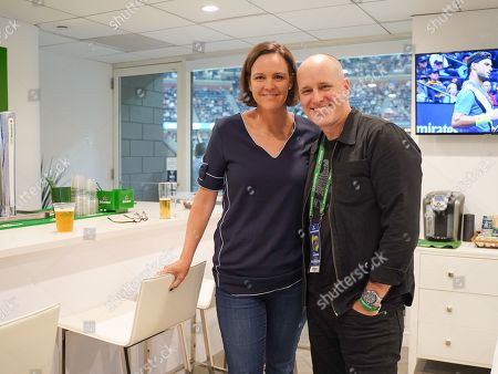 Lindsay Davenport and Kelly AuCoin hang out in the Heineken suite at the U.S. Open.