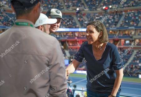 Lindsay Davenport stops by the Heineken suite at the U.S. Open.