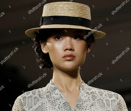 A model presents a creation by Chinese designer Taoray Wang during New York Fashion Week in New York, New York, USA, 07 September February 2019. New York Fashion Week for designer's Spring and Summer lines are being held from 05 to 11 September 2019.