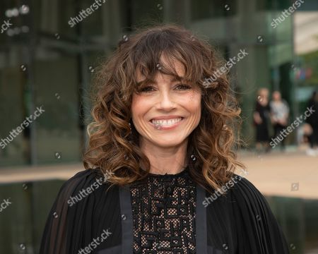 Linda Cardellini attends the Longchamp runway show at Lincoln Center during NYFW Spring/Summer 2020, in New York
