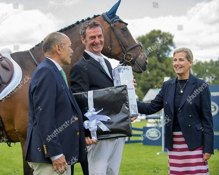HRH the Countess of Wessex and Sir Jerry Metaperae (NZ High Commissioner) with Sir Mark Todd on his official retirement from competitive riding. The Land Rover Burghley on Sunday 8th September.