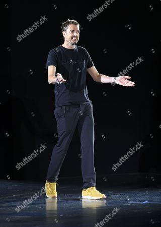Marcus Wainwright on the catwalk