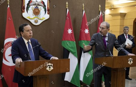 Jordanian Foreign Minister Ayman Safadi (R) speaks during a short statement with his Tunisian counterpart Khemaies Jhinaoui (L), at the Foreign Ministry in Amman, Jordan, 09 September 2019.