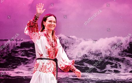 Stock Picture of Australian designer Simone Zimmermann waves to the audience at the end of the Zimmermann show during New York Fashion Week in New York, New York, 09 September 2019. New York Fashion Week shows for spring and summer lines are being held from 05 to 11 September 2019.