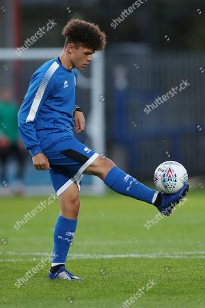 Peter Thomas of Rochdale during the warm up