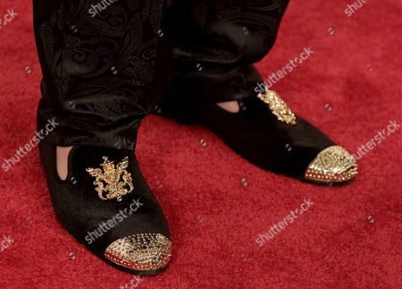 Josh Kelly, shoe detail