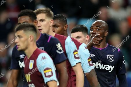 Angelo Ogbonna Obinze of West Ham United points