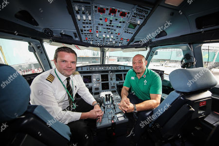 As the Official Airline of the Irish Rugby Team, Aer Lingus was proud to send the Irish rugby squad on their way to Japan and to help to bring Home Advantage wherever we play. Pictured boarding Aer Lingus' Green Spirit, flight EI174, to London Heathrow this afternoon was the Irish rugby squad led by Captain Rory Best. Aer Lingus cabin crew and ground staff formed a guard of honour as they boarded the aircraft. Flight EI174 was operated by Aer Lingus Captain Thomas Jordan and First Officer Nicholas Power. Pictured is Captain Thomas Jordan with Rory Best