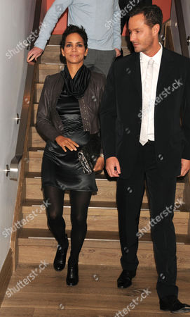 Editorial picture of Halle Berry Hosts 'An Evening Of Awareness' To Benefit The Jenesse Center and the Trevor Project, New York, America - 16 Nov 2009
