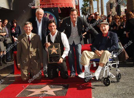John Stamos with Leron Gubler, Garry Marshall, Bob Saget & Jack Klugman