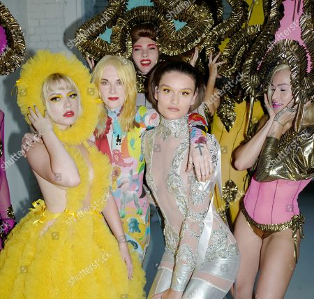 Ellie Rae Winstone, Pam Hogg, Alice Dellal and models backstage