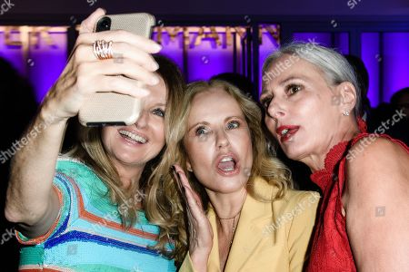 (L-R) German TV presenter Frauke Ludowig, German TV presenter Katja Burkard and model Petra van Bremen take a selfie during the Bertelsmann party 2019 in Berlin, Germany, 12 September 2019. More than 600 guests from all fields of society are invited for the Bertelsmann Party 2019.