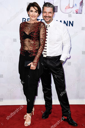 German actor Hardy Krueger Jr. (R) and his wife Alice attend the red carpet of the Bertelsmann party 2019 in Berlin, Germany, 12 September 2019. More than 600 guests from all fields of society are invited for the Bertelsmann Party 2019.
