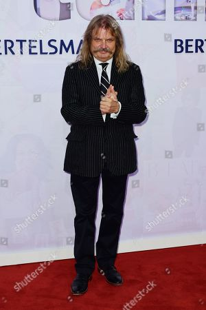 Hungarian musician Leslie Mandoki attends the red carpet of the Bertelsmann party 2019 in Berlin, Germany, 12 September 2019. More than 600 guests from all fields of society are invited for the Bertelsmann Party 2019.