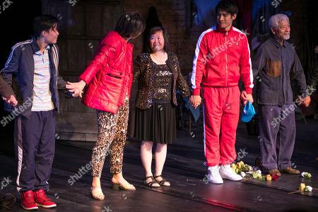 Aidan Cheng (Little Yi/Peter), Celeste Den (Yin-Yin/Luo-Na), Shuping Wang, Christopher Goh (Shen/Han-Han) and Togo Igawa (Old Yang/Minister Li) during the curtain call