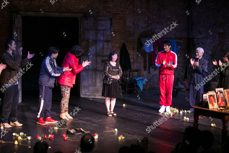 Vincent Lai (Wen/Johnny), Aidan Cheng (Little Yi/Peter), Celeste Den (Yin-Yin/Luo-Na), Christopher Goh (Shen/Han-Han), Togo Igawa (Old Yang/Minister Li) and Millicent Wong (Jasmine/Pei-Pei) during the curtain call