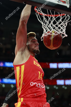 Willy Hernangomez Geuer of Spain dunks the ball during the FIBA Basketball World Cup 2019 final match between Argentina and Spain, in Beijing, China, 15 September 2019.