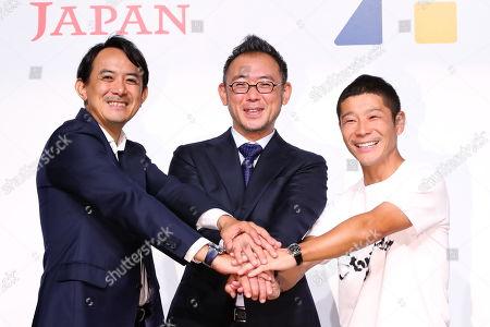 (L-R) Yahoo Japan President Kentaro Kawabe, Zozo's new president Kotaro Sawada and Zozo founder Yusaku Maezawa attend a press conference