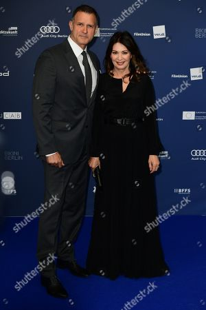 Iris Berben (R) and Partner Heiko Kiesow arrive to the German Drama Award (Deutscher Schauspielpreis) in Berlin, Germany 13 September 2019.