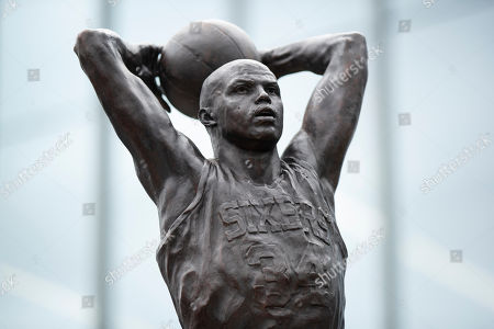 A sculpture honoring Charles Barkley is shown after an unveiling at the Philadelphia 76ers NBA basketball training facility in Camden, N.J., . Barkley spent the first eight seasons of his storied career with Philadelphia after the 76ers chose him with the No. 5 overall pick in the 1984 NBA Draft