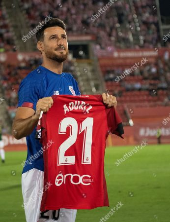 Athletic Bilbao's Aritz Aduriz poses with a RCD Mallorca's jersey in recognition of the years he played in this team prior to a Spanish LaLiga soccer match between RCD Mallorca and Athletic Bilbao at the San Moix stadium in Palma de Mallorca, Balearic Islands, Spain, 13 September 2019.