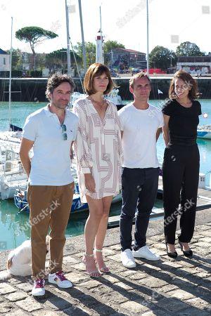 Mathieu Demy and Marina Hands pose with cast of TV fiction 'Mytho'